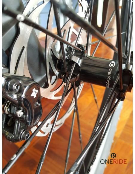 Hecho en Croacia Europa bicicleta electrica marca Greyp modelo G6-3 masa Crank Brothers en Mexico